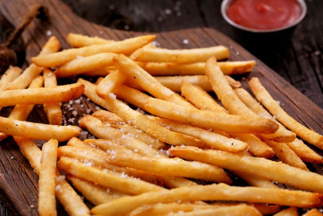 sea-salt-french-fries-with-ketchup-picture-id628208496