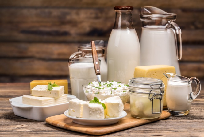 still-life-with-dairy-product-picture-id513470606